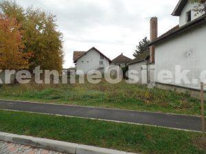 DARDA...građevinsko zemljište od 546m2, bila kuća od 177m2 cca.